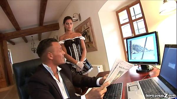 Mafiot Cu Bani Multi Are Parte De Doua Pizde Bune