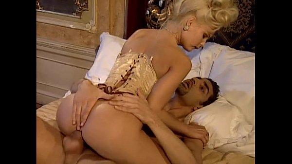 porno-skazka-mushketeri-kirgizka-seks-bolshoy-sperma