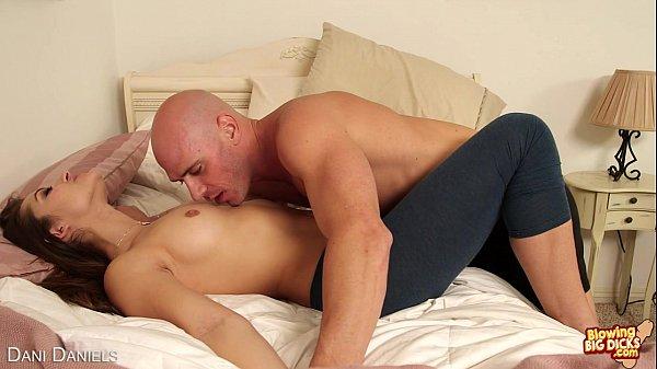 Sexy Dani Daniels Suck A Big Cock