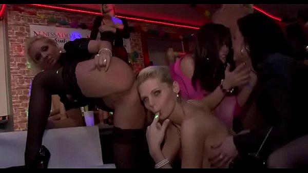 Порно видео красивые женщины миньет
