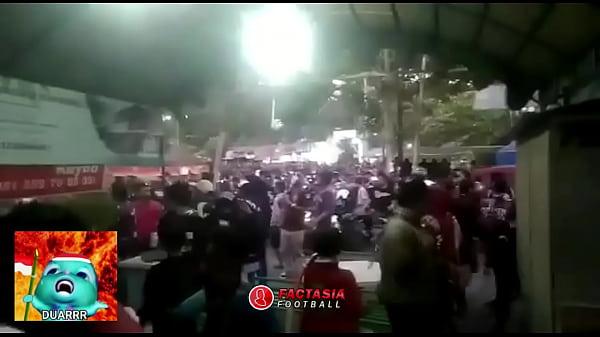 bokep india DUAR PENAMPAKAN SUPORTER DI DESA PENARI Cimahi