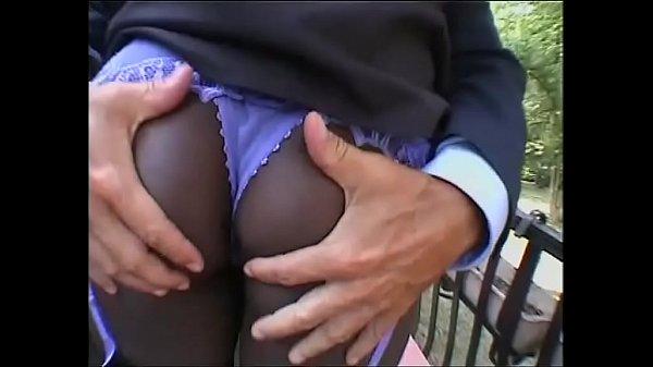 Пригласил друга трахнуть свою жену