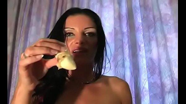 Девушку под грибами развели в общаге)))