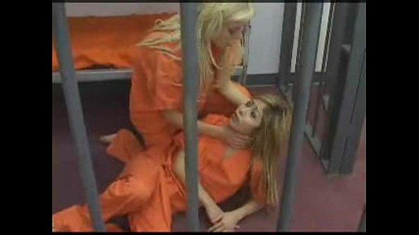 Лесбийское доминирование в женской тюрьме