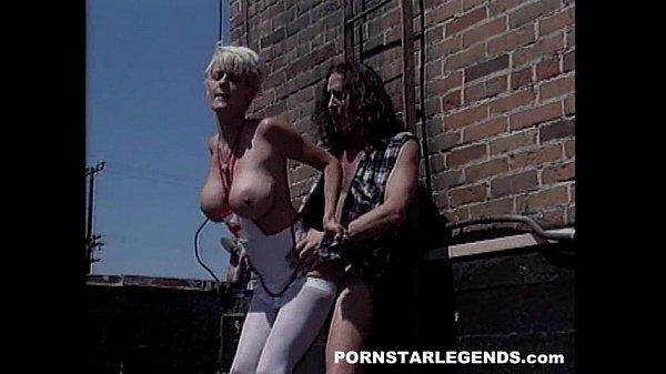 Порно огромные сиськи у медсестры