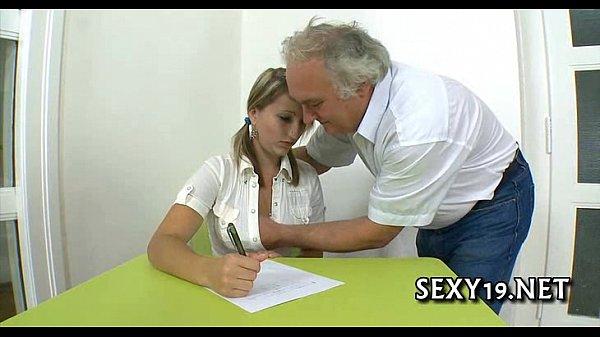 День студента секс с учителница