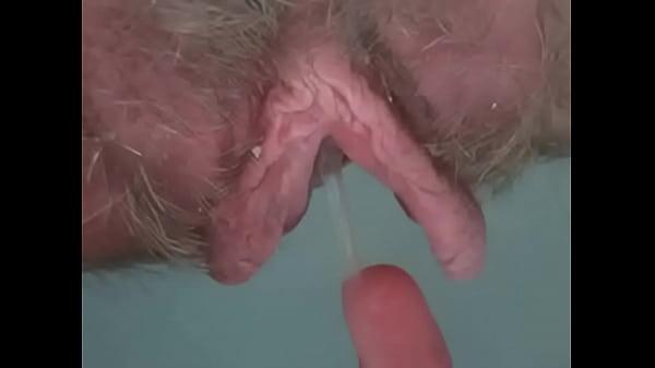 Ебут большие половые губы