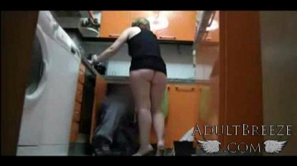 Видео скрытые камеры за девками