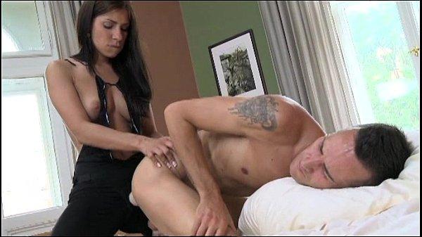 Anilos milf tube soccer mom tenderizes her hairy pussy