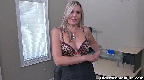 Секс с пожилой бабой фотки