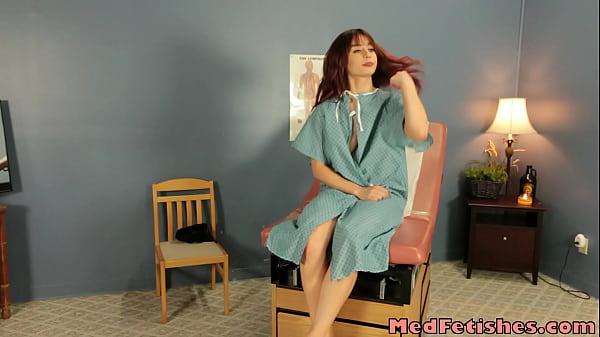 Кросивые мамочки у врача на скрытую камеру