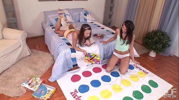 Euro teen erotica - college teens lesbians