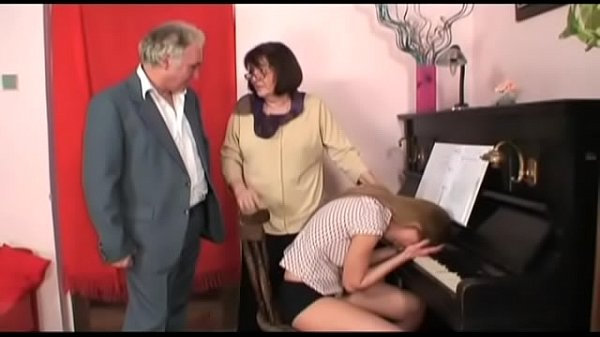 Бабушки сосут увнчков