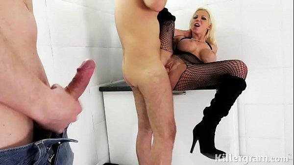 Порно девочка на нудийском пляже