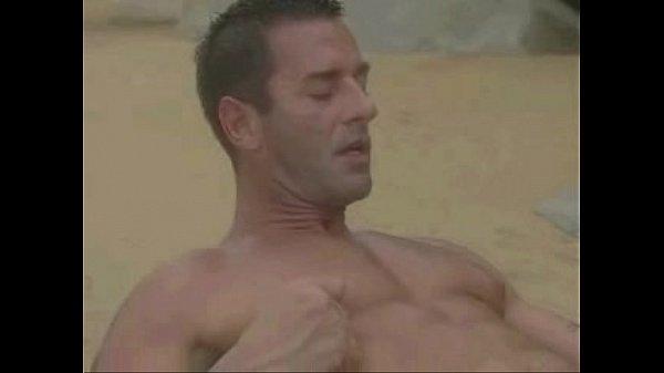 Эротическое порно фильмы геев на пляже