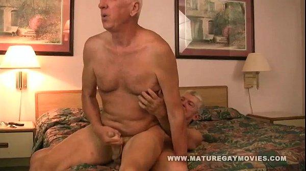 Фото пожилых дедушек геев