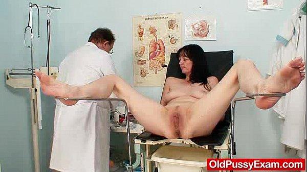 Мама пришла дамой голая видео телифон