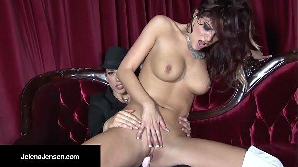 Жена сасеть перед мужем порно