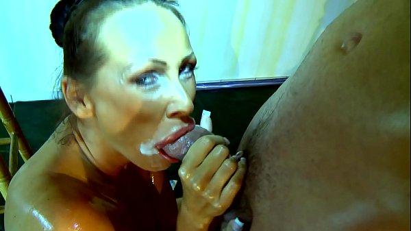 Порно видео мэнди брайт глотает сперму — pic 14