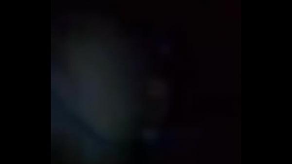 Рыжая мастурбирует пальчиком с зади видео