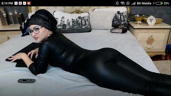 Sexy Muslim Twerk Big Ass
