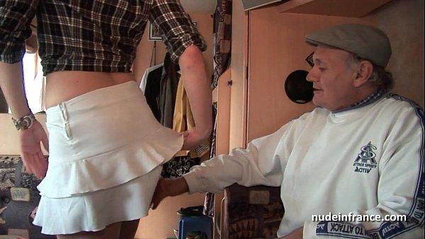 Французское порно груповуха рыжая и брюнетка