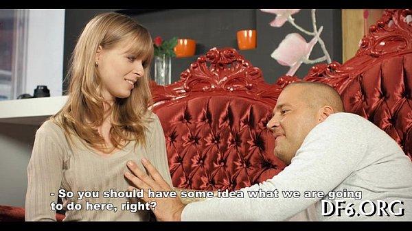 Русская девственница на массаже