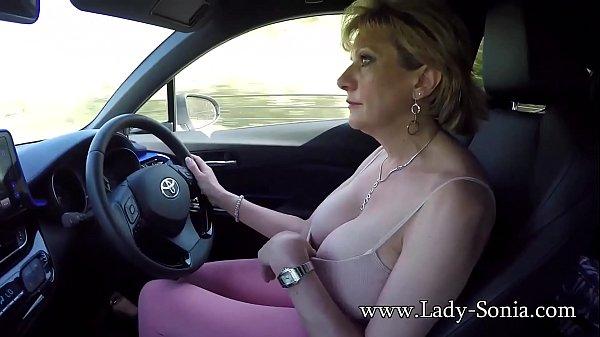 Сочные зрелые леди