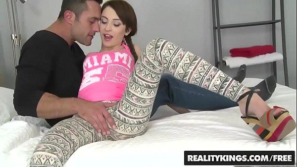 Realitykings - الميكروفونات شقة - الخلفية التعرض بطولة ريناتو و ساندرا Luberc