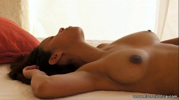 Секс негри азиатка