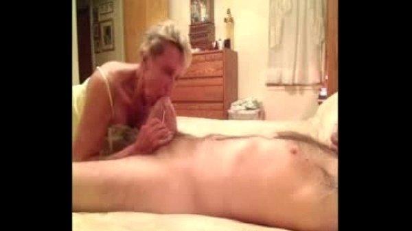 Порно сосала бабка