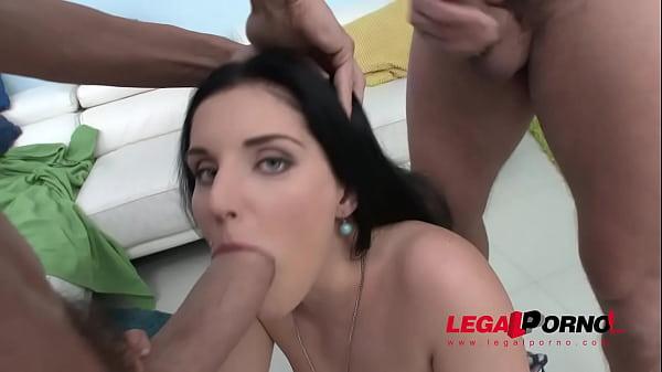 Красивые девушки в лифчиках порно видео лезбиянки