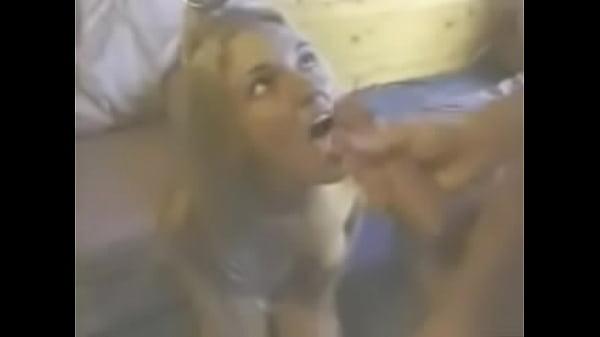 Бритни спирс трахается голая на скрытую камеру онлайн