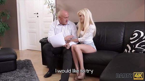 Секс фото как молодых трахают старые дедки