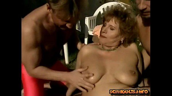 Посмотреть порно инцест зрелые