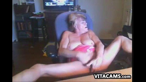 Мать нашла сына в шкафу с лифчиком порно смотреть онлайн
