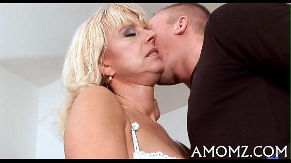 Порно пробует первый раз