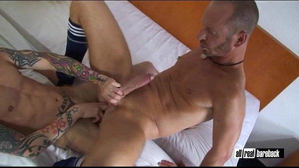 Video bokep online Two hung Bareback Fuckers hot di TvMusicayVideo.Com