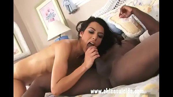 Лесбиянский секс пожилой и молодой тёлки