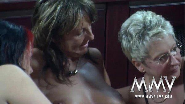 Смотреть порно зрелых немецких лесбиянок