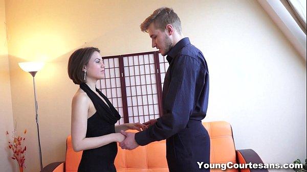 Фотки порно молоденкие без трусов