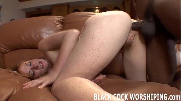 Смотреть порно большой член в узенькой писи