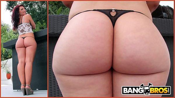BANGBROS – Chris Strokes Goes Anal On PAWG Savannah Fox's Big Ass