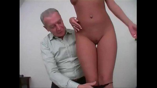 Зрелые мужчина и девушка порно