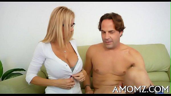 Palpitating Cock Rams Mature Pussy