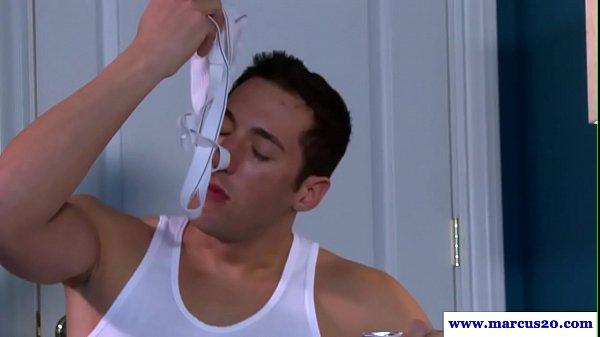 Underwear sniffing hunk jizzed after 69 bj