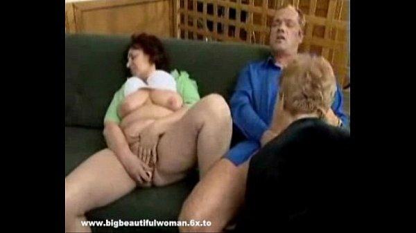 Голые толстушки старушки порно фото