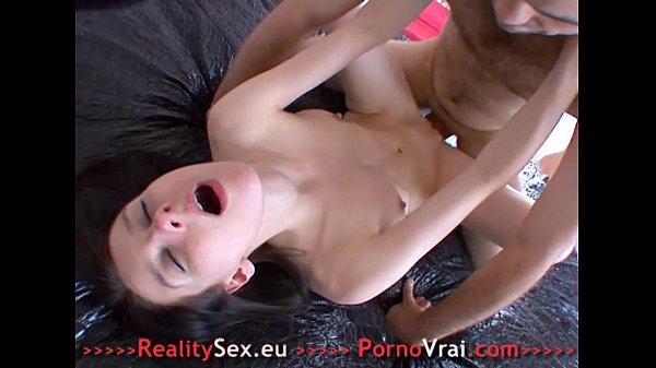 Порно видео мама зашла в комнату