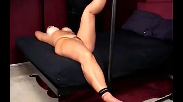 Видео бдсм с вибратором