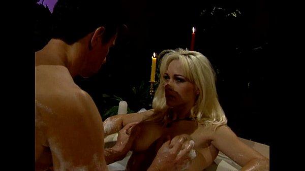Kaitlyn Nude: Metro - Hotel Fantasy - Scene 3